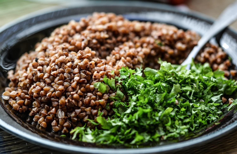 3 sveikų košių receptai ir patarimas, kokios kruopos šildo