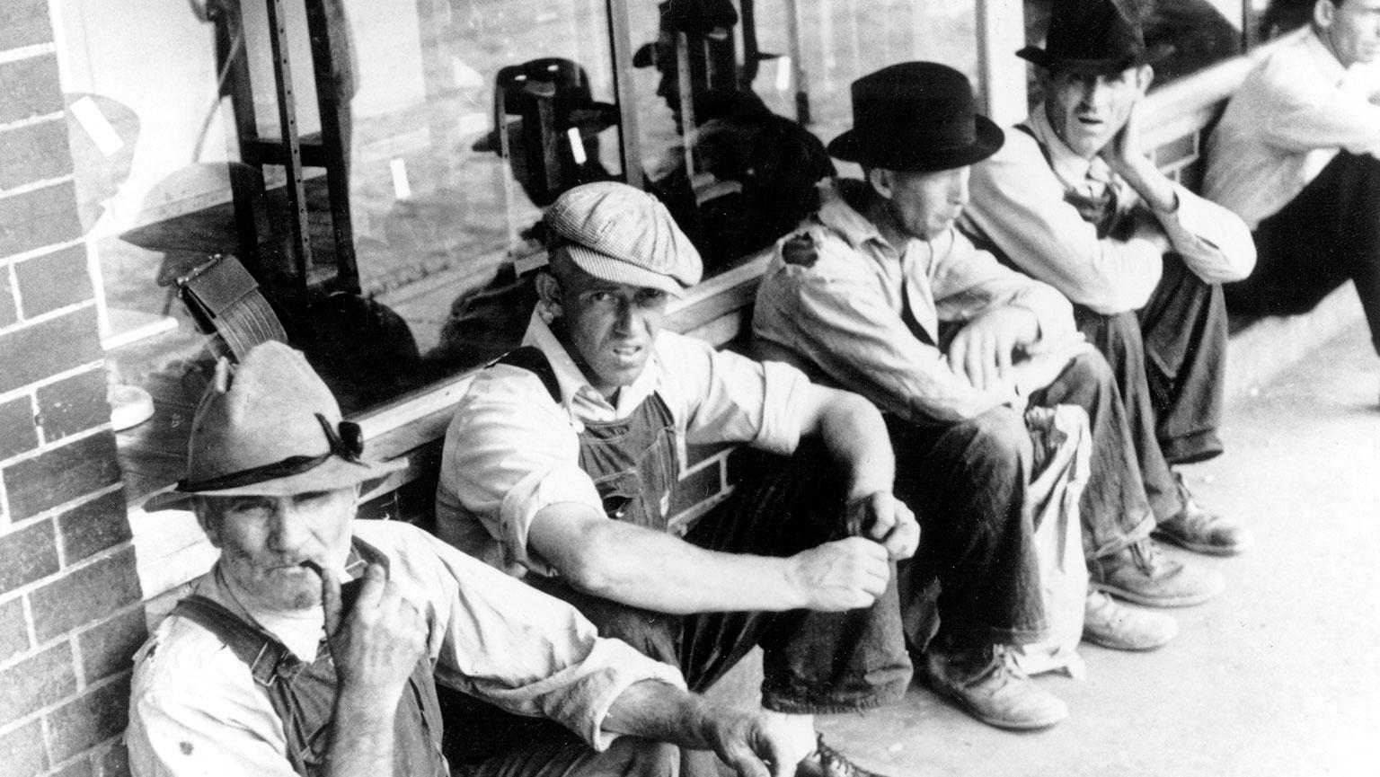Savaitės kalendorius: didžiosios depresijos pradžia, lėktuvo katastrofa Hondūre ir kiti svarbūs įvykiai