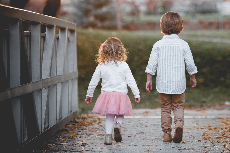 Psichologas atskleidė: kada vaikai šeimoje yra linkę konkuruoti?