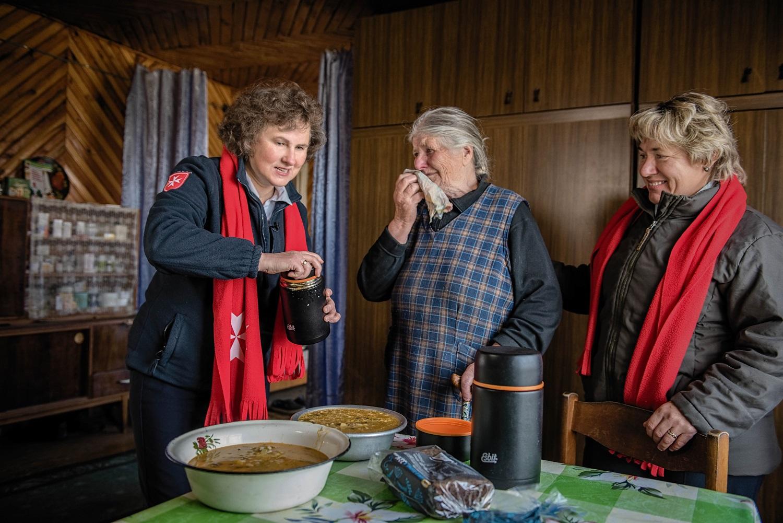 """Paramos akcija """"Maltiečių sriuba"""" kviečia į senelių pagalbos šauksmą atsiliepti gerumu"""