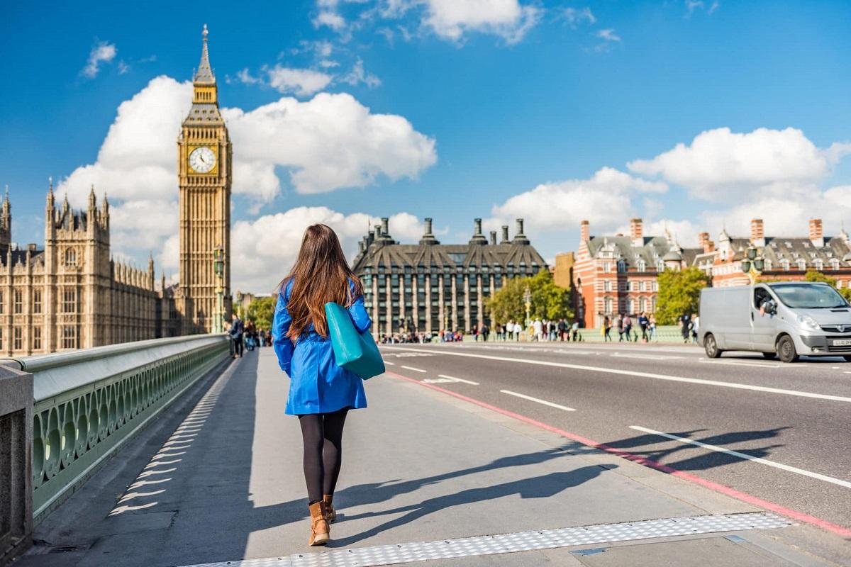 """Šiandienos aktualijos: pamokos Alytuje, mokesčių sistemos ir nerimas dėl """"Brexito"""""""