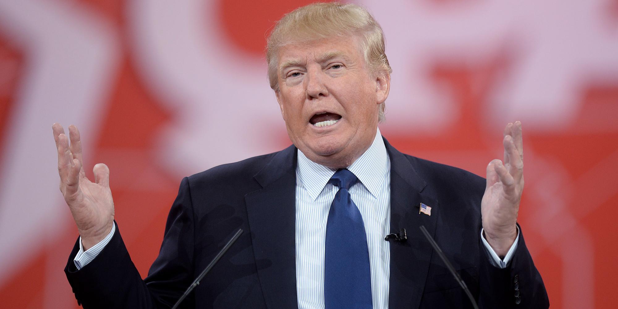 Likus metams iki prezidento rinkimų, JAV saugumiečiai įspėja dėl užsienio valstybių kišimosi