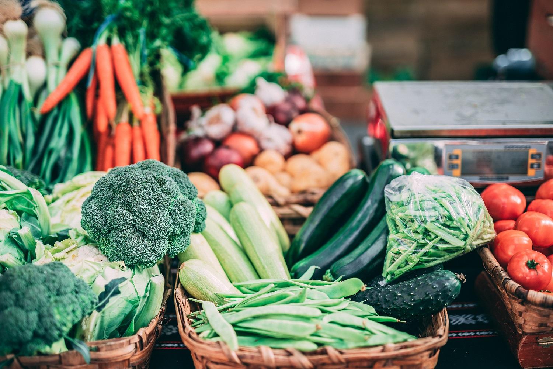 Populiarių šefų patarimas – valgyti daugiau daržovių ir vaisių