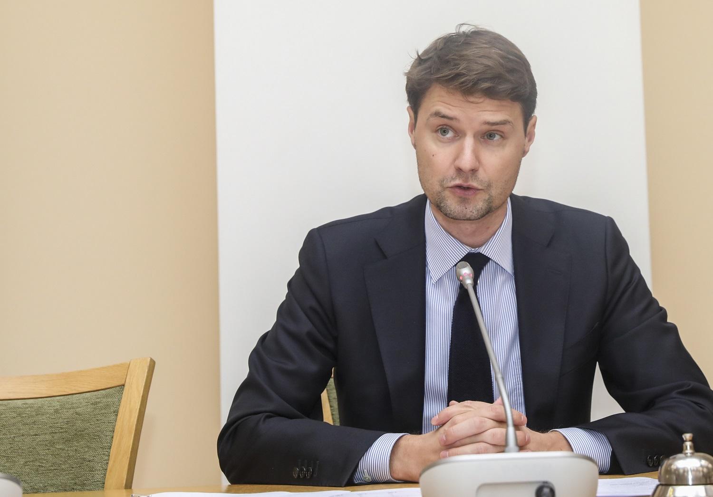 Seimas grąžino tobulinti ir Privalomojo sveikatos draudimo fondo biudžetą