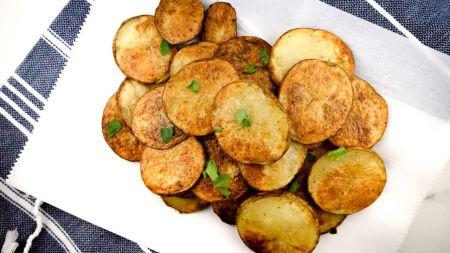 Gaminame naminius bulvių traškučius (video)