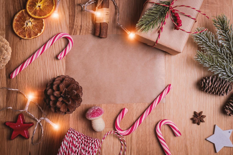Kalėdoms artėjant: lietuviai įvardino, kokias dovanas labiausiai norėtų rasti po eglute
