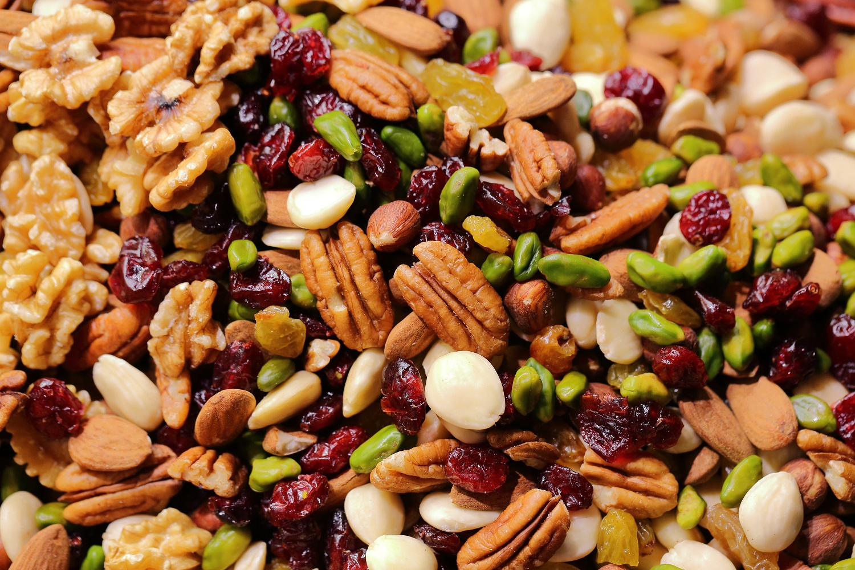 Riešutai – sveikatos šaltinis rudenį