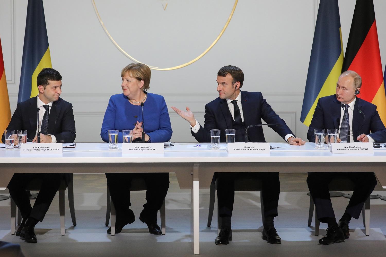 Paryžiuje V. Zelenskis ir V. Putinas susitarė dėl ugnies nutraukimo Rytų Ukrainoje