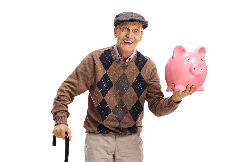 Šiandienos aktualijos: valstybės požiūris į sveikatą, viliojančios pensijos ir lietuvių širdis užkariaujantis padelis