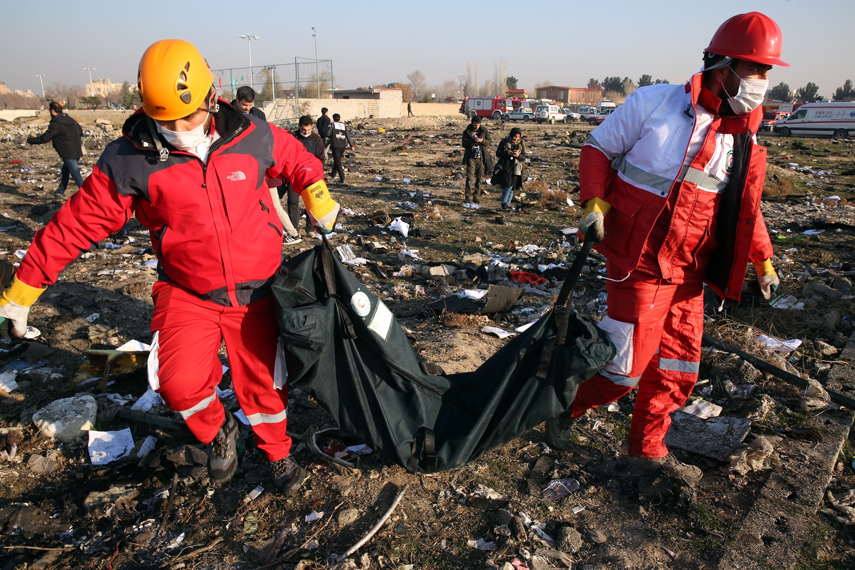 """Iranas: sudužęs Ukrainos oro linijų lėktuvas dėl """"problemos"""" buvo apsisukęs grįžti į oro uostą"""