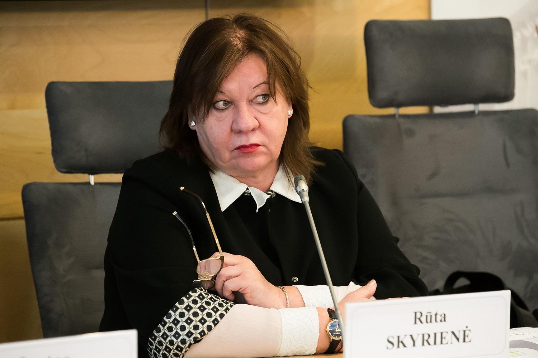 """R. Skyrienė apie """"Grigeo"""" skandalą: pasaulyje daug atvejų, kai įvykus krizei įmonės ima skirti daugiau dėmesio socialinei atsakomybei"""