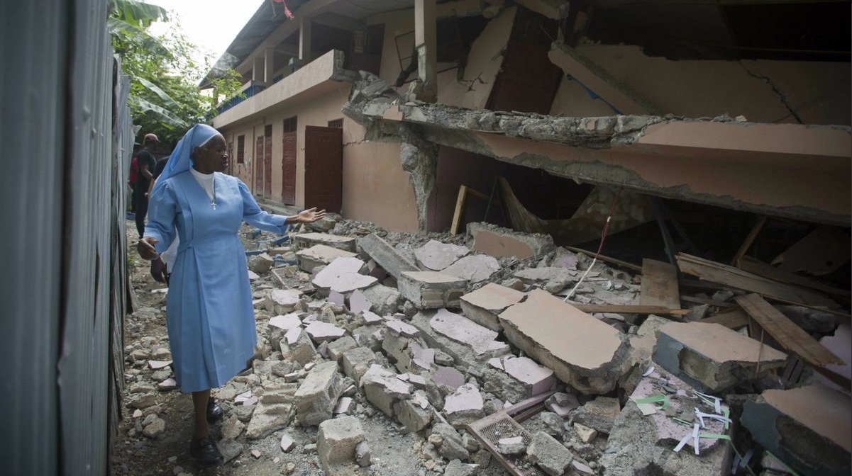 Savaitės kalendorius: karas Nigerijoje, katastrofiškas žemės drebėjimas ir kiti svarbūs įvykiai
