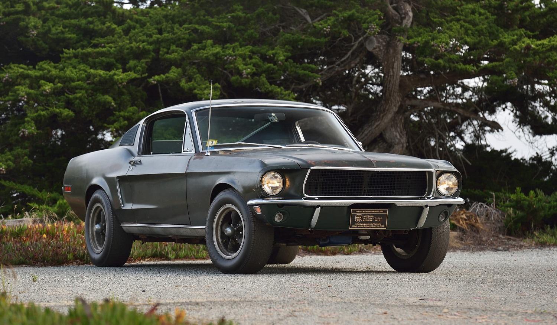 """Legendinis automobilis """"Ford Mustang GT"""" iš kino filmo """"Bullitt"""" parduotas už 3,7 mln. dolerių"""