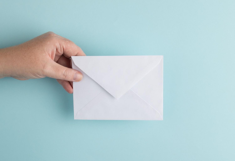 Japonijoje laiškanešys sąmoningai nepristatė maždaug 24 tūkstančių laiškų ir siuntų