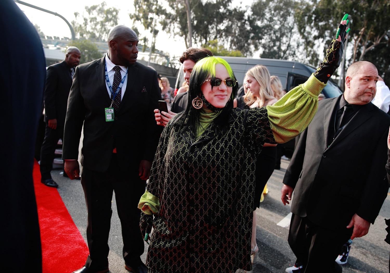 """JAV atlikėja B. Eilish laimėjo """"Grammy"""" statulėles visose keturiose pagrindinėse kategorijose"""
