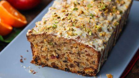 Naujas receptas: lai namai pakvimpa vaisių ir riešutų duona (video)