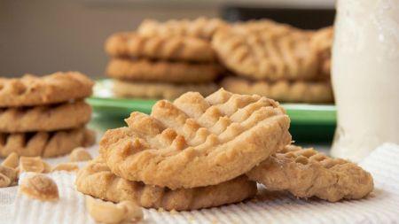Greitai pagaminami riešutų sviesto sausainiai (video)