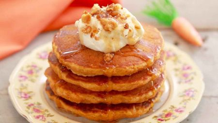 Sotiems pusryčiams – purūs morkų blyneliai (video)