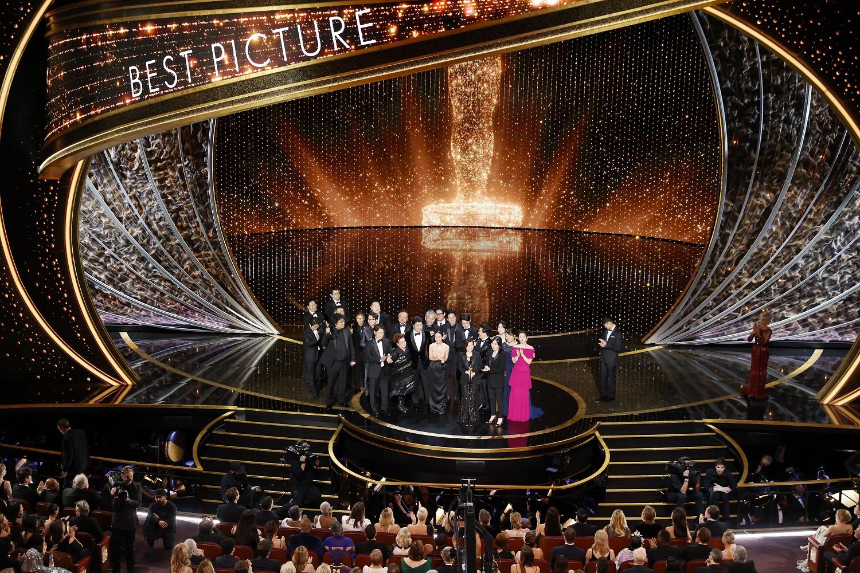 """Šių metų """"Oskarų"""" įteikimo ceremonija prie TV ekranų pritraukė kaip niekad mažai žiūrovų"""