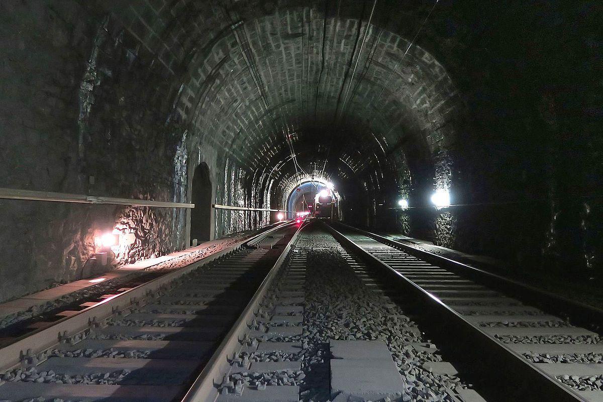Savaitės kalendorius: Sen Gotardo tunelis, žemės drebėjimas Maroke ir kiti svarbūs įvykiai
