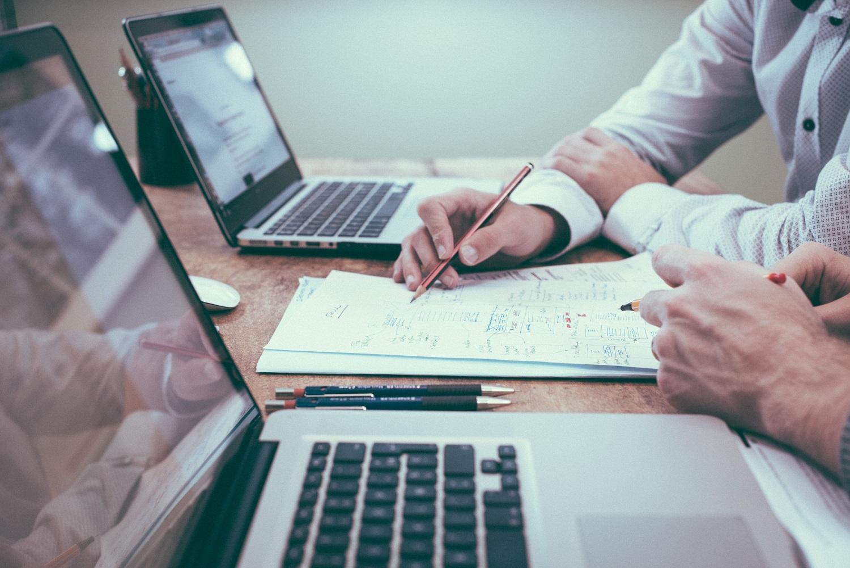 Kaip padidinti produktyvumą, kai biuras persikėlė į namus?