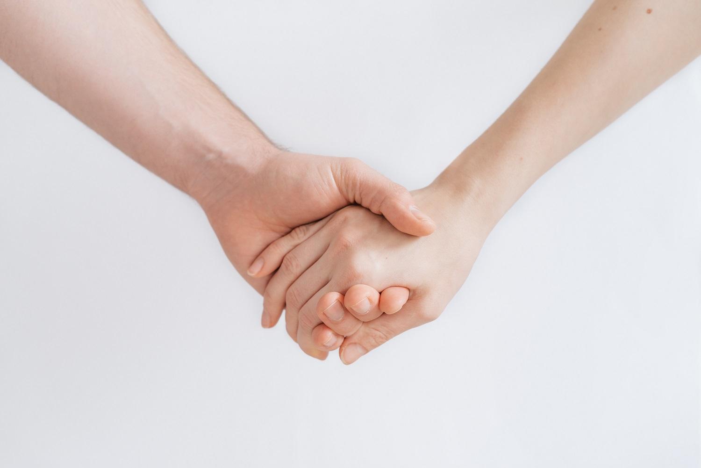 Dermatologės patarimas: apsaugai nuo virusų būtinas ir rankų drėkinimas