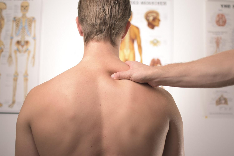 """Fizinio rengimo trenerė I. Šimkutė: """"Pagailėkite savo nugaros ir nedirbkite gulėdami lovoje"""""""