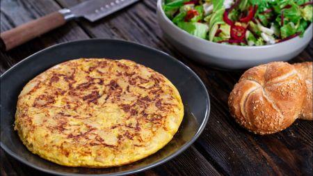 Sotu ir skanu: ispaniškas omletas su bulvėmis (video)