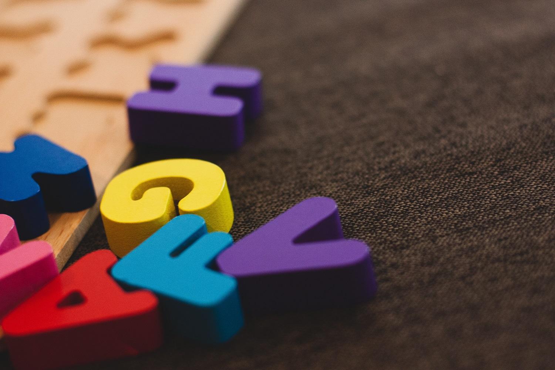 Specialistai pataria: kaip nepraleisti pirmų ženklų, išduodančių vaiko autizmą