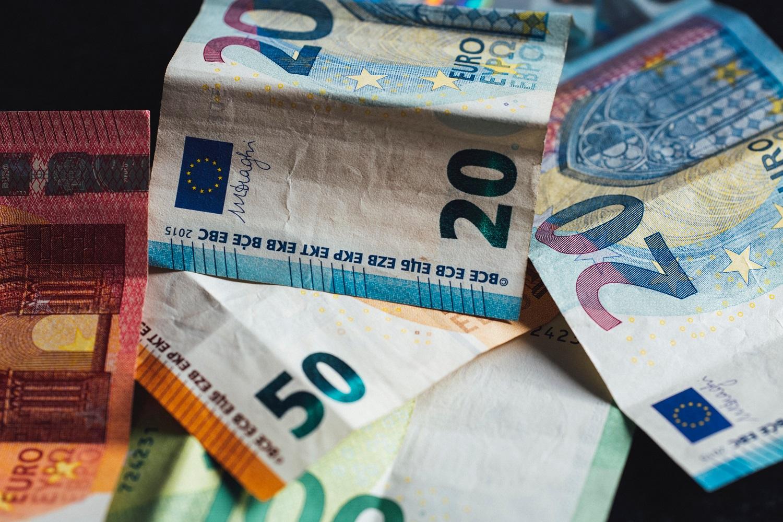 Seimas spręs dėl minimalaus atlyginimo: kokie pokyčiai siūlomi?