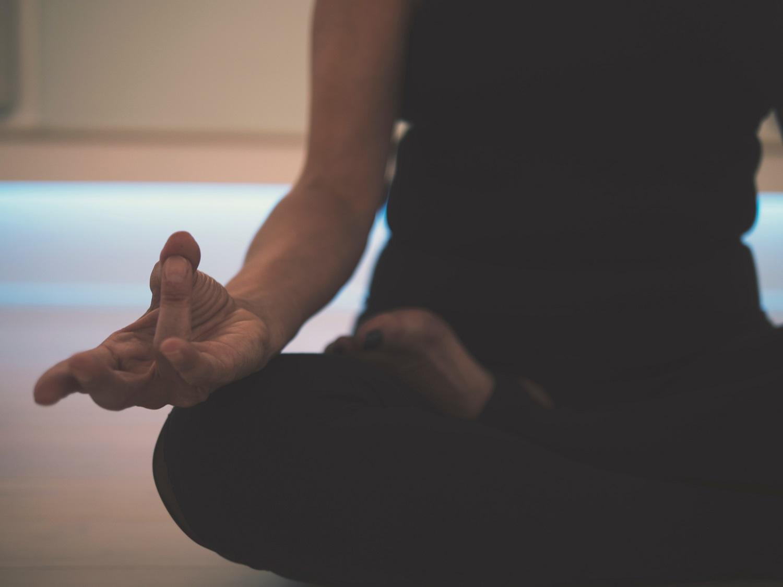 Beveik mėnuo namuose: kaip atsipalaiduoti ir neužmiršti pasirūpinti savimi