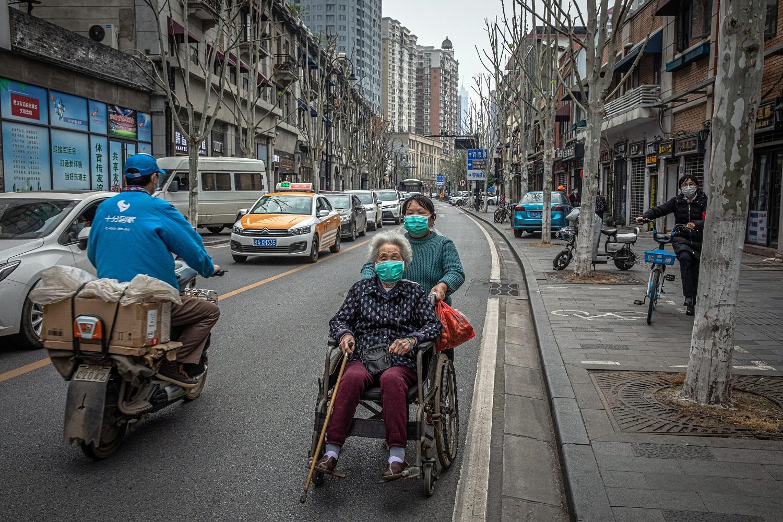 Prasideda antroji koronaviruso banga? Kinijoje – didžiausias naujų atvejų skaičius per pastarąsias 6 savaites