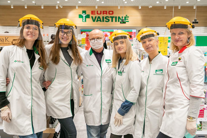 """Klientais besirūpinanti """"Eurovaistinė"""" skelbia iniciatyvą """"Vardan visų sveikatos"""""""