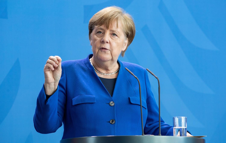 """Vokietijai gresia """"giliausia recesija"""" pokario istorijoje"""