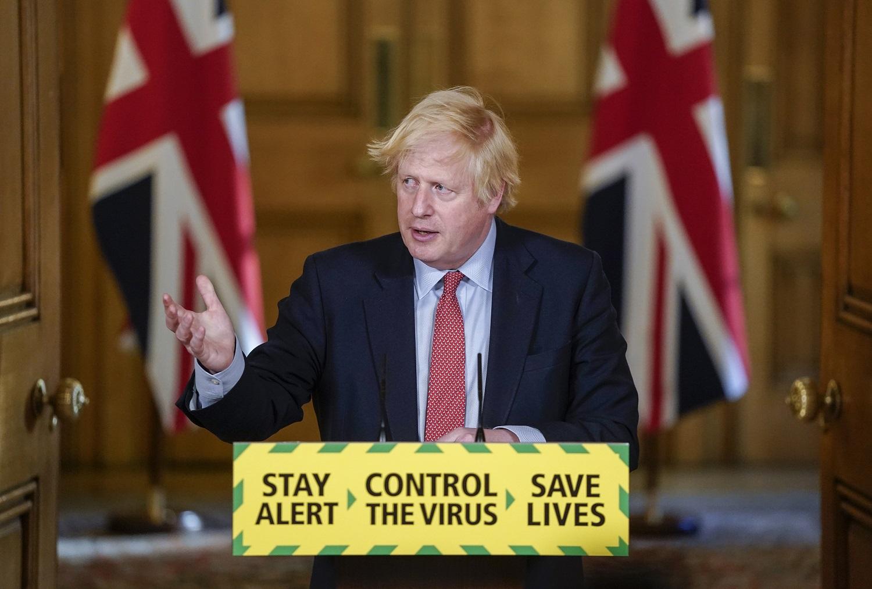Britų vyriausybė pristatė karantino apribojimų Anglijoje švelninimo planą