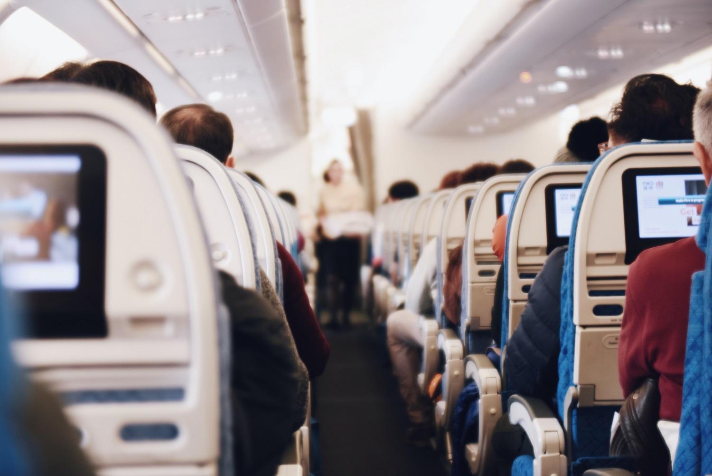 Mitai apie oro cirkuliaciją lėktuvų viduje: ką reikia žinoti keleiviams?