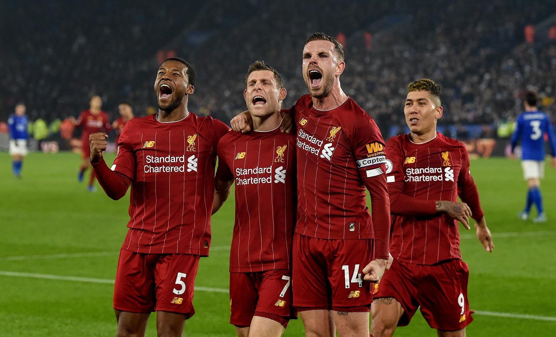 """""""Liverpool"""" po 30 metų pertraukos tapo Anglijos futbolo karaliais"""