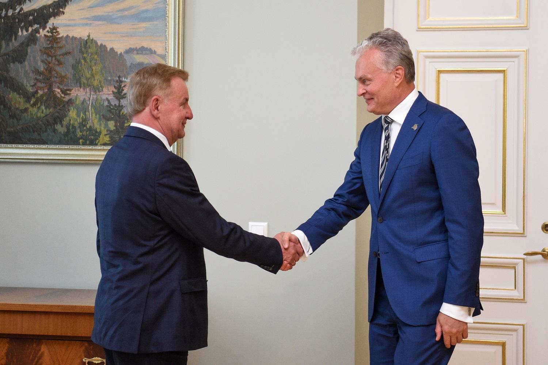 Prezidentas paskyrė R. Sinkevičių ekonomikos ir inovacijų ministru
