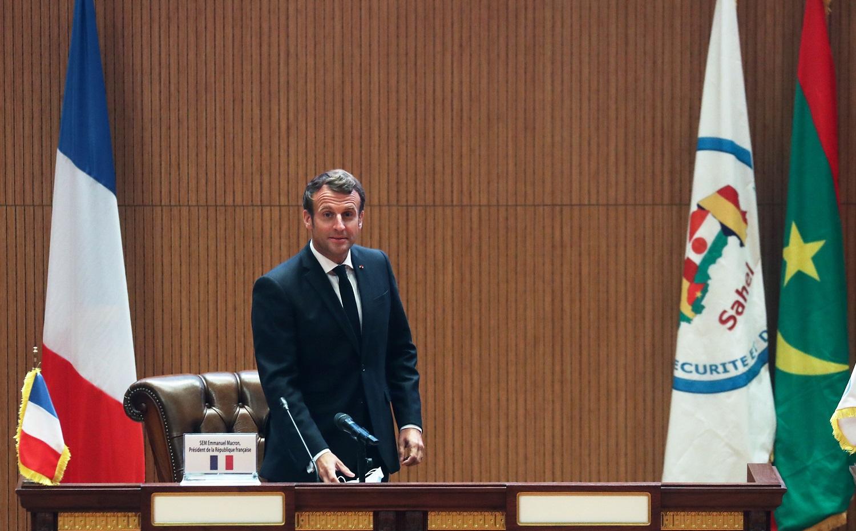 E. Macronas performuos Prancūzijos vyriausybę