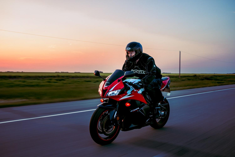 Kuo pasirūpinti motociklininkams, kad kelyje jaustųsi saugūs