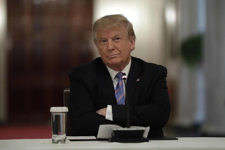 """Rekordus fiksuojančios JAV prezidentas D. Trumpas: """"nesutinku"""" su A. Fauci dėl COVID-19 situacijos JAV"""