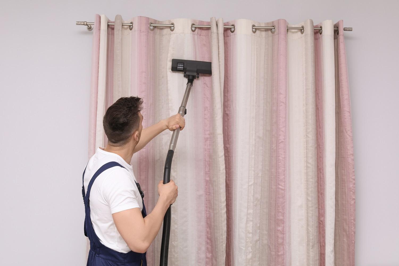 Ant švarių langų – švarios užuolaidos