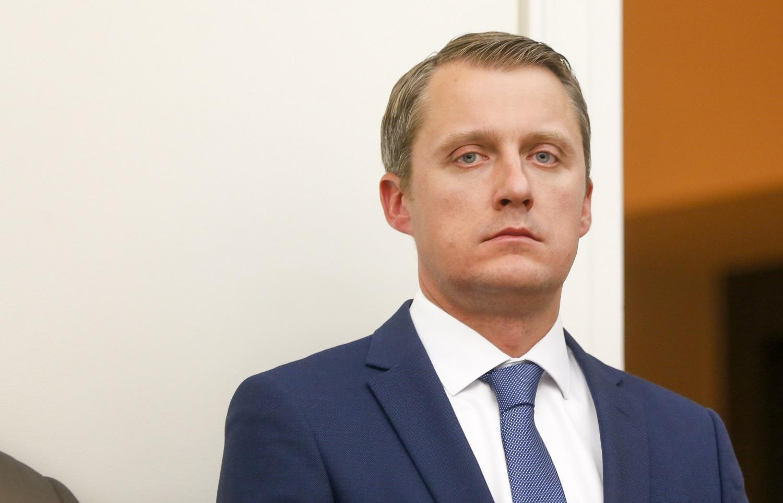 Ministras: nepriklausomus elektros energijos tiekėjus jau pasirinko 7 tūkst. vartotojų