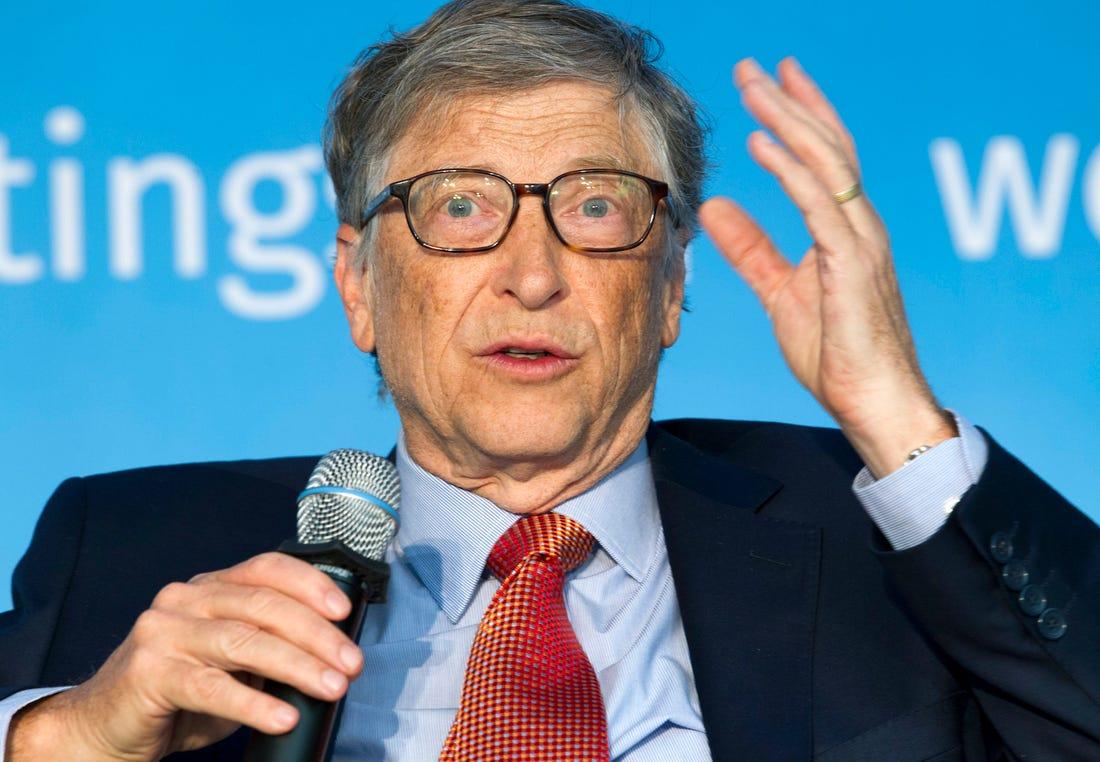 B. Gatesas: pandemija sustabdė pažangą kovoje su skurdu