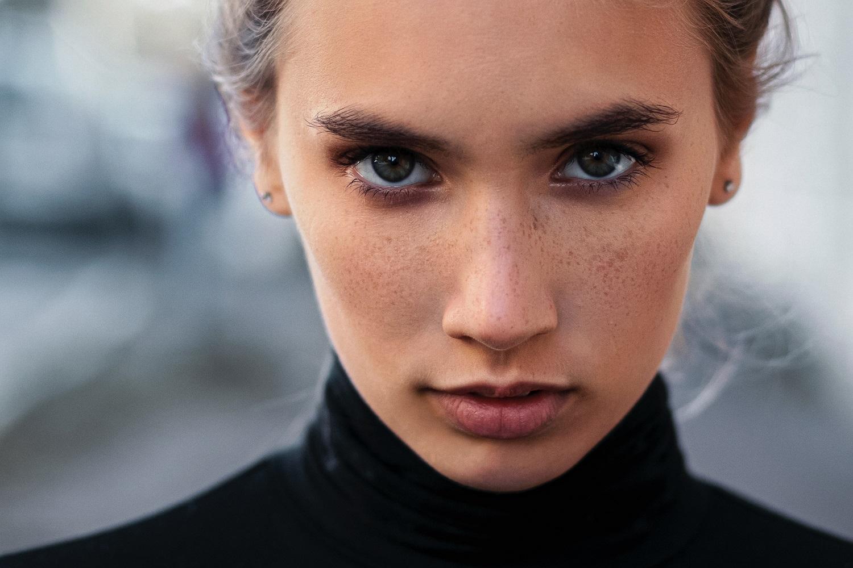 Mitas ar tiesa: jei nesimato raukšlių, nereikia kosmetikos nuo senėjimo?