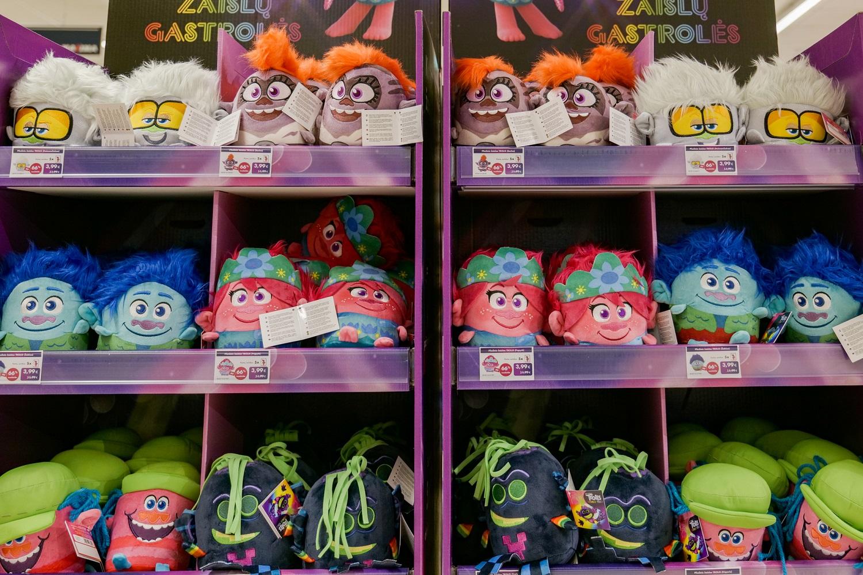 Įžvelgia žaislų su charakteriu naudą: jie padeda ne tik vaikams, bet ir tėvams