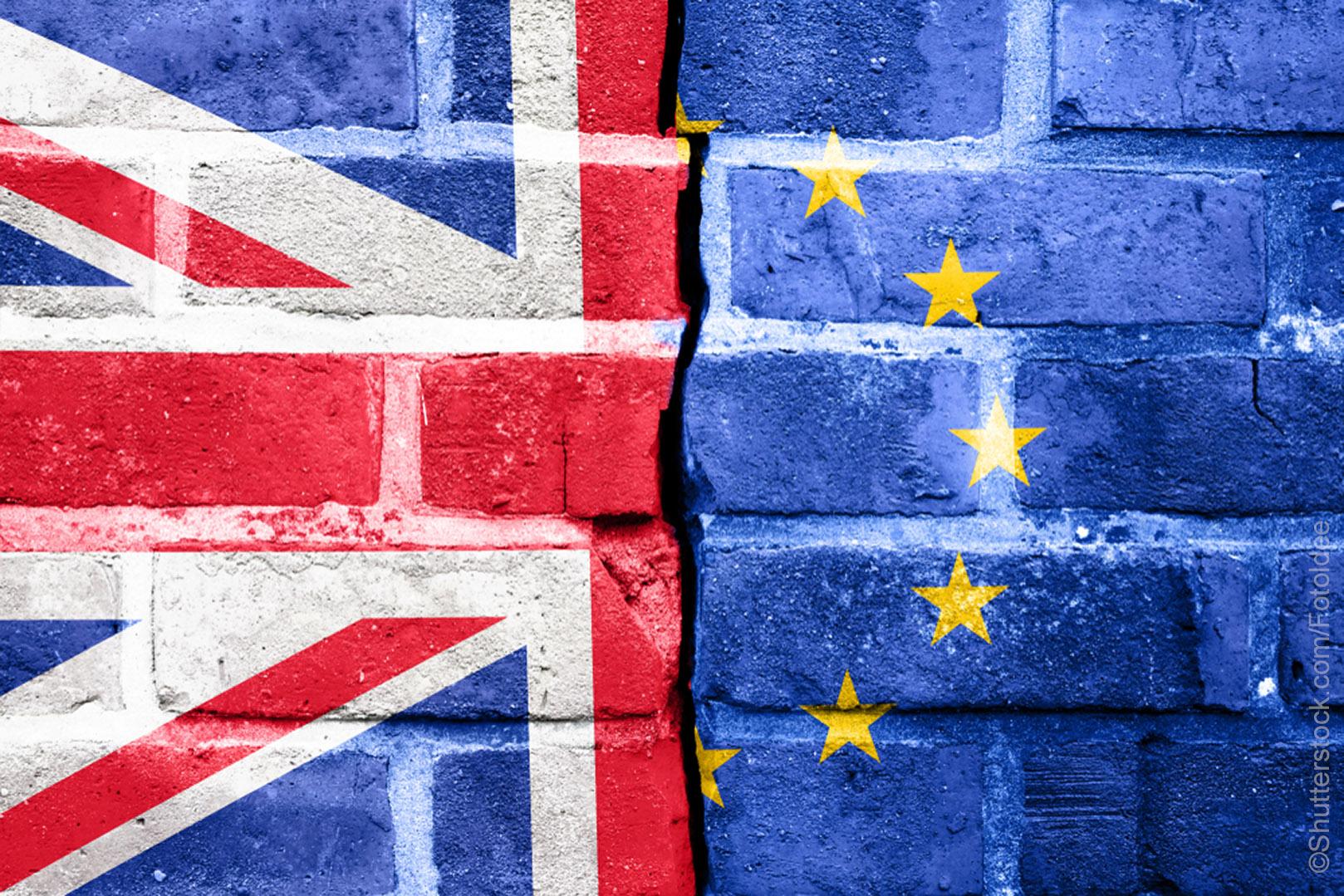 """""""Brexito"""" derybos Europos nenuteikia pozityviai: ruošiasi chaosui"""