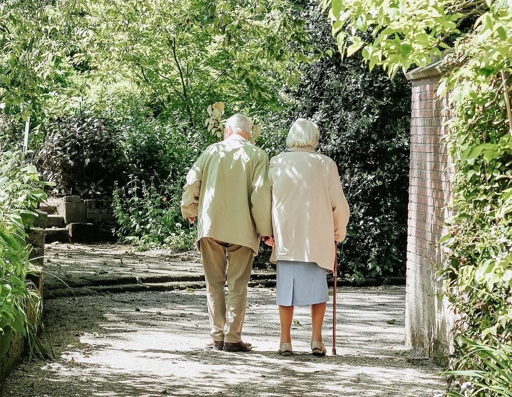 Jei nebūtų šio sprendimo, pensijos neaugų: Vyriausybė pritarė atnaujintai pensijų didinimo formulei