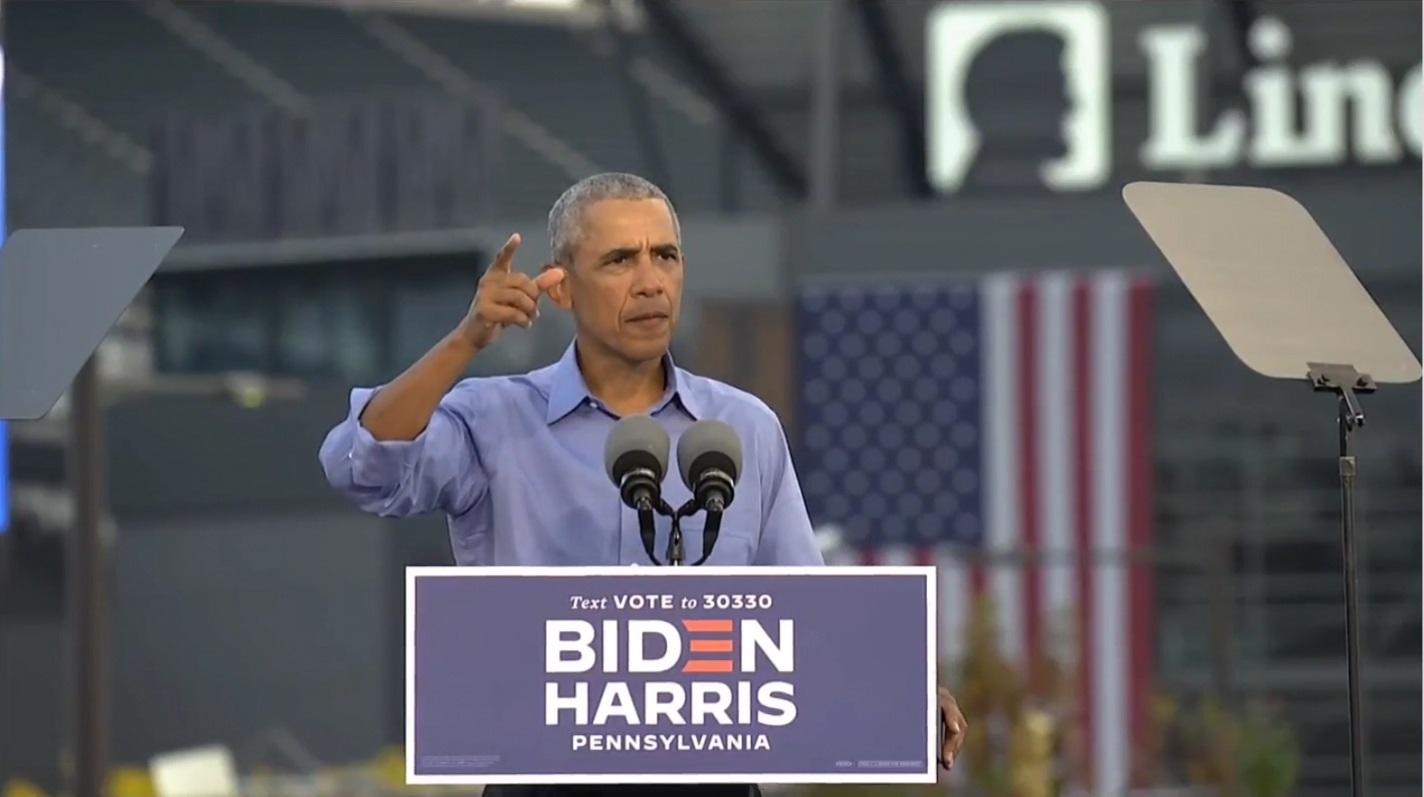 """B. Obama ragina J. Bideno rėmėjus nebūti """"pernelyg patenkintais"""" apklausų rezultatais"""