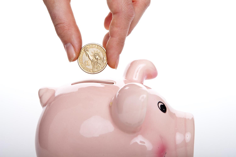 3 paprasti patarimai, kaip taupyti: pirmiausiai išvenkite spyruoklės principo